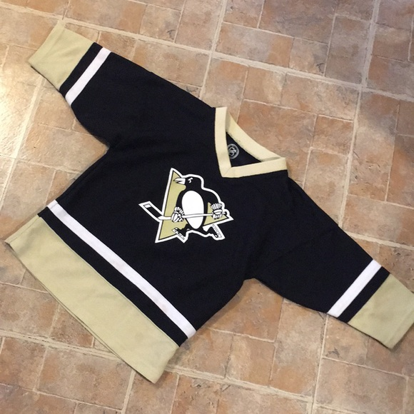 competitive price b0821 5f00b NHL Pittsburgh Penguins Crosby jersey kids XS